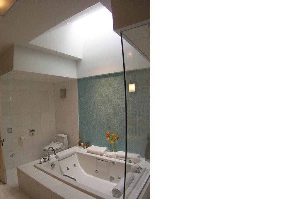 bathshower1.jpg