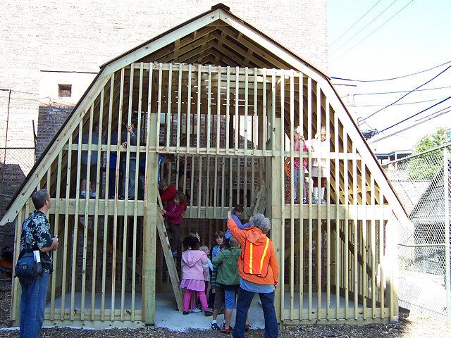 kids-in-barn.jpg